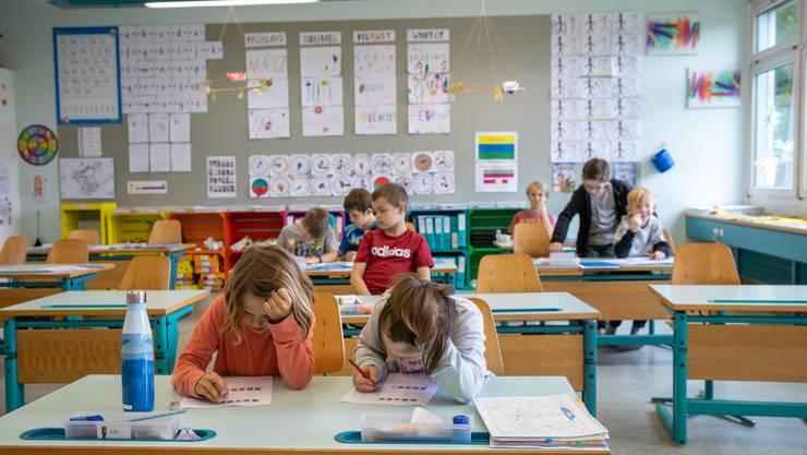 Auch die Schüler der Primarschule Neuendorf sind froh, wieder den Unterricht besuchen zu dürfen.
