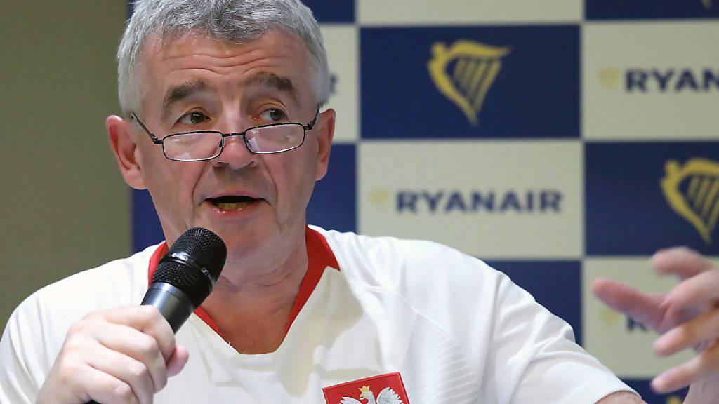 """Ryanair-Chef Michael O'Leary will weitermachen an der Spitze der Billigfluggesellschaft. Aber nicht mehr fünf Jahre. """"Ich wäre dann 62. Ich bin mir nicht sicher, ob Frau O'Leary glücklich wäre."""" (Archiv)"""