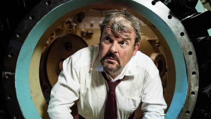 Mike Müllers zweites Leben als Luc Conrad geht weiter.