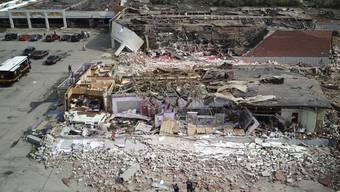 Ein Einkaufszentrum in Trümmern: Ein Tornado hinterliess in der US-Stadt Dayton im Bundesstaat Ohio eine Schneise der Verwüstung.