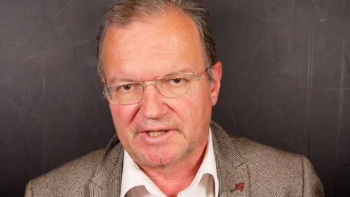 Politikwissenschafter Claude Longchamp sagte es in einem Interview so: «Eigenprofilierung wird wichtiger, gemeinsame Lösungen rücken in den Hintergrund.»