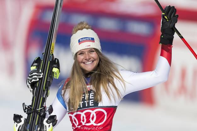 Keine Speedrennen mehr bei den Frauen: Corinne Suter gewinnt somit die Super-G-Wertung.