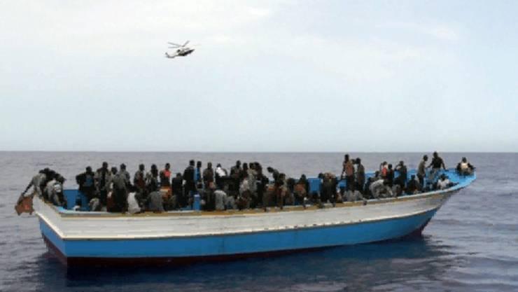 Flüchtlingsboot bei Lampedusa