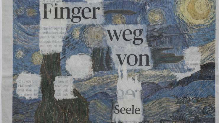 Ueli Sager fertigt Collagen aus Zeitungsseiten.