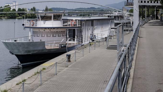 Der Rhystärn der BPG liegt seit Monaten ungenutzt im Hafen vor Anker