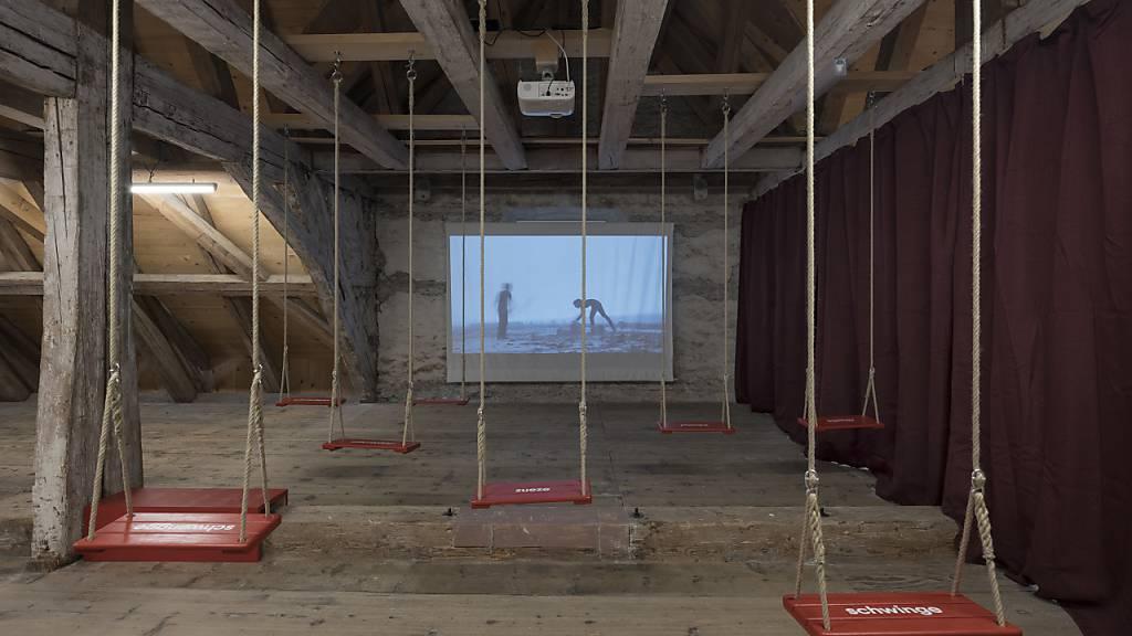 «Heepe, gigele, gäitsche»: Neue Mundart-Ausstellung im Salzmagazin