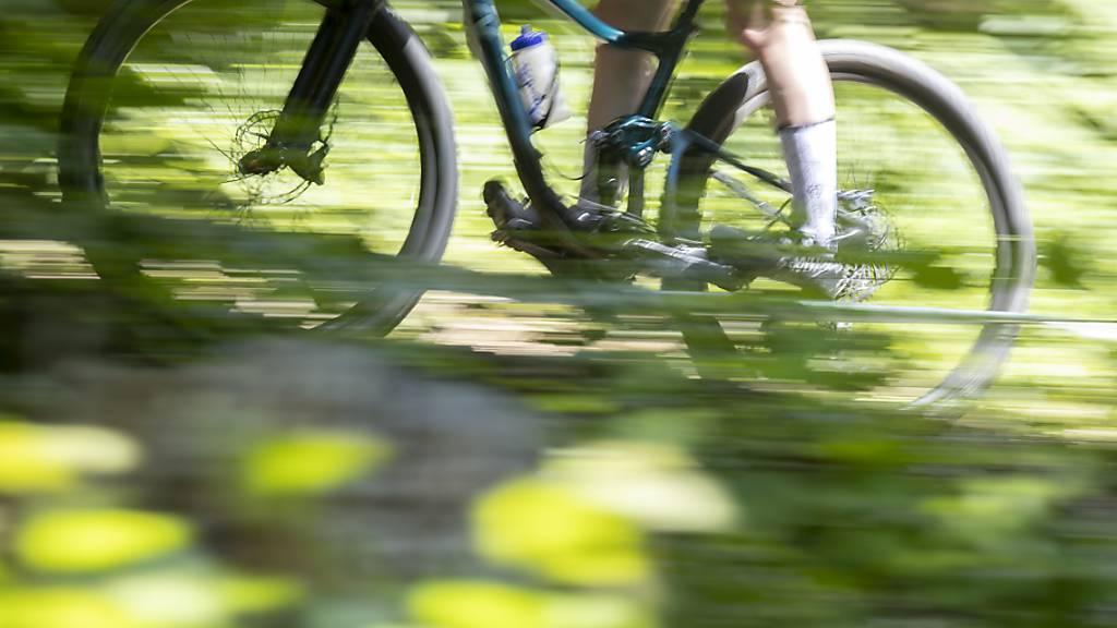Rutschen und stürzen: Die Zahl der getöteten und schwer verletzten Mountainbiker steigt stark an. Oft liegt es auch am Überschätzen der eigenen Fähigkeiten. (Themenbild)