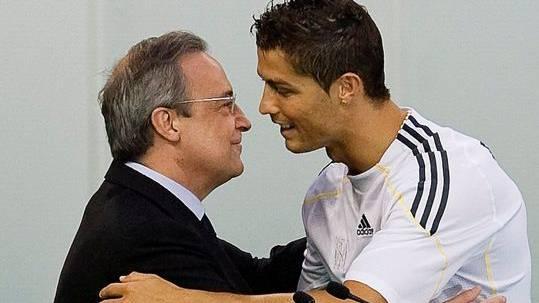 Als die Euphorie noch gross war: Ronaldo und Real-Präsident Pérez 2009 in Madrid.