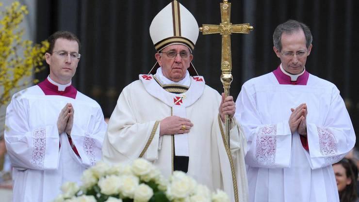 Das Oberhaupt der römisch-katholischen Kirche bei der Ostermesse.