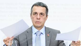 Aussenminister Ignazio Cassis will den Rahmenvertrag aufteilen.
