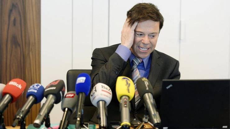 Chirstoph Mörgeli: Der Journalist habe früher verschiedentlich bei der «linksextremen» Wochenzeitung «WOZ» publiziert, führte er unter anderem aus. «Das zeigt seine Gesinnung»