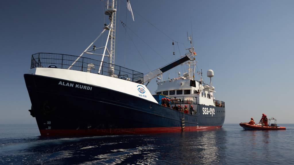 «Alan Kurdi» bringt 125 Migranten sicher an Land - Tote vor Libyen