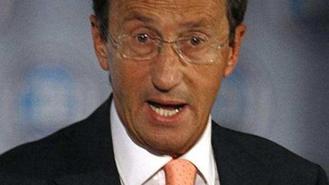 Gianfranco Fini äussert sich nach dem Streit mit Berlusconi (Archiv)