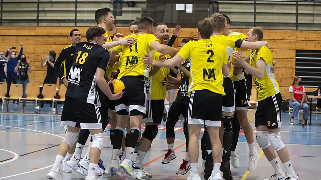 Verdienter Siegerjubel: Chênois holt im vierten Finalspiel gegen Amriswil seinen siebten Schweizer Meistertitel