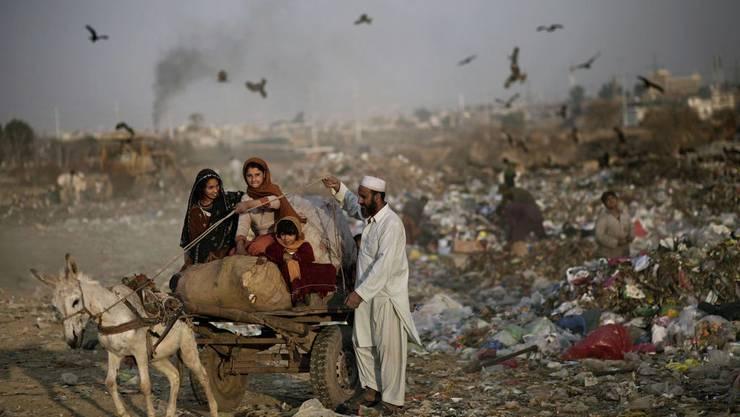 Afghanische Flüchtlingsfamilie in Pakistan.