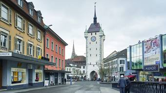 Seit 1968 befindet sich der Manor – früher «Vilan» – am Schlossbergplatz.