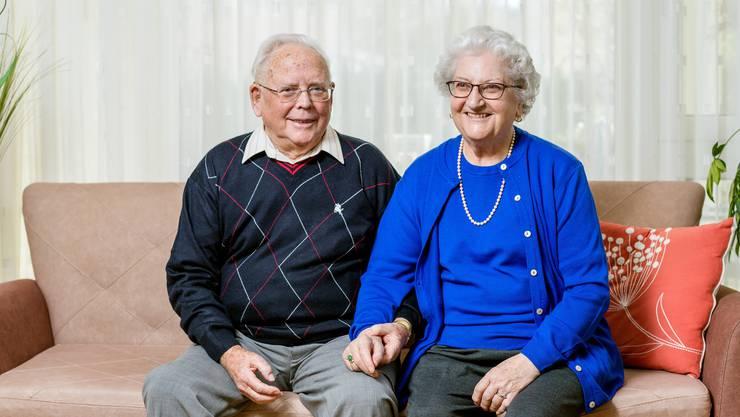 Die Blochers leben heute in einer Dietiker Pflege-Wohngemeinschaft. Sie sind seit 65 Jahren verheiratet.