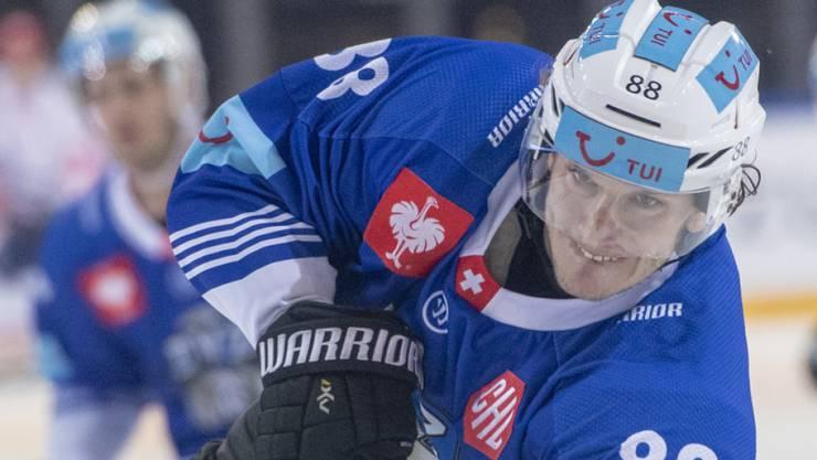 Von einer Schulterverletzung gestoppt: EVZ-Stürmer Sven Senteler