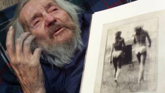 Miroslav Tichý hat täglich bis zu 100 Bilder geknipst. In der Photobastei in Zürich ist sein Werk vom 15. September bis 5. November 2017 zu sehen. (Archiv)