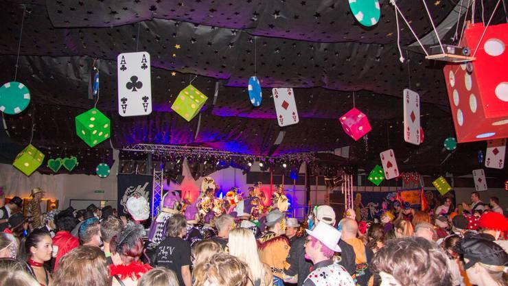 Hinterbächli-Ball Oberrohrdorf, Partylocation mit toller Deko