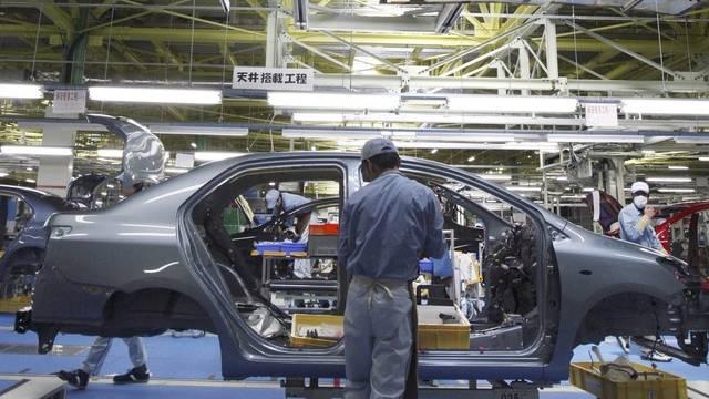 Ein Toyota-Angestellter in Japan (Archiv)