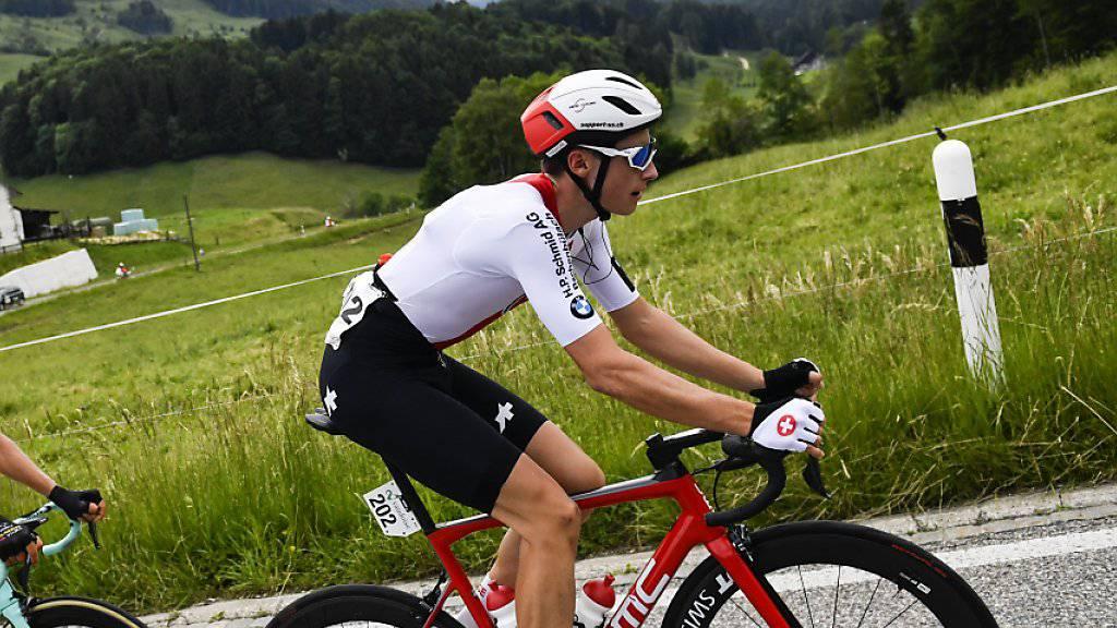 Der vierköpfigen Fluchtgruppe des Tages gehörte auch der Zürcher Gian Friesecke (rechts) an. Der Fahrer des Schweizer Nationalteams wurde 11 km vor dem Ziel als letzter Ausreisser gestellt.