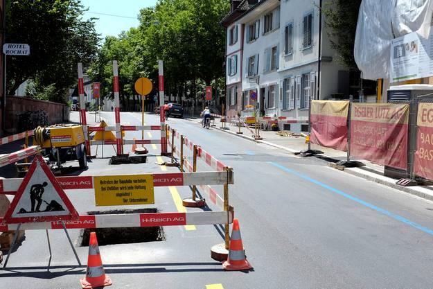 Baustelle auf der blauen Zone am Petersgraben Höhe Café Hebel