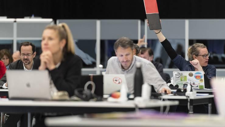 Politik in Corona-Zeiten: Der Starttermin für die Schweizer Proximity-Tracing-App, die von DP-3T entwickelt wird, hängt noch von verschiedenen Faktoren ab.