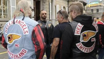 Mitglieder der Hells Angels vor dem Bundesstrafgericht in Bellinzona