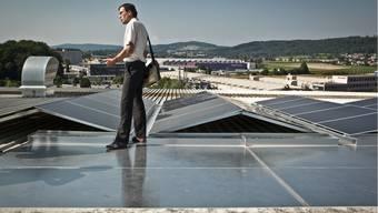 Wohlen hat bereits heute einen Anteil von 8% an erneuerbaren Energien im Strommix – möglich ist das unter anderem dank vieler Solaranlagen. Chris Iseli/Archiv