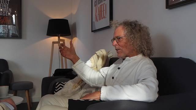 Autor Max Dohner im Gespräch mit Rainer Langhans, München, 17. Januar 2018