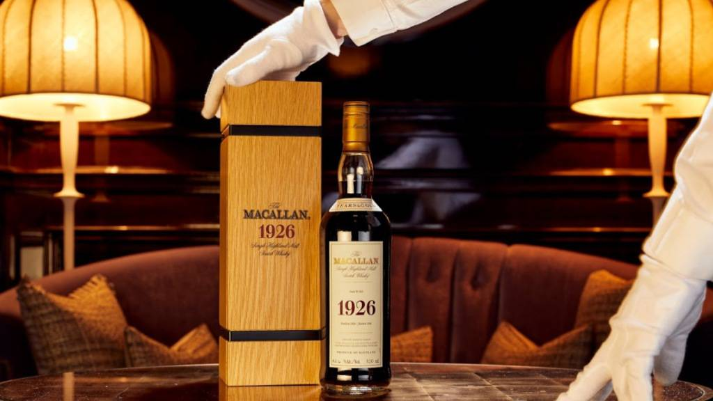 Weltrekord verpasst: Whisky für eine Million Pfund versteigert