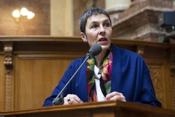 SP-Vize Barbara Gysi meint, dass die Kritik früher hätte kommen sollen. (Bild: Keystone)