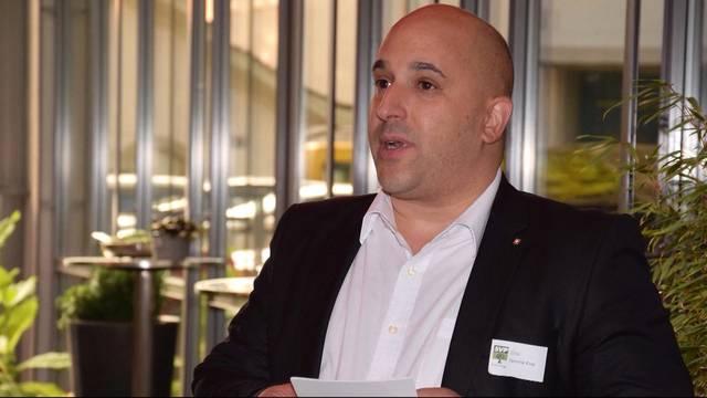 Sofortiger Rücktritt von SVP-Grossrat Dominik Riner