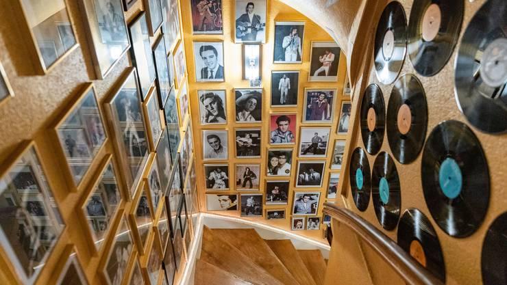 Der Treppenaufgang in Olten ist ganz im Zeichen des King of Rock'n'Roll.