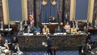 Im Impeachement-Verfahren gegen US-Präsident Donald Trump haben die Gegner ihre Argumente vorgetragen - nun sind Trumps Anwälte am Zug.