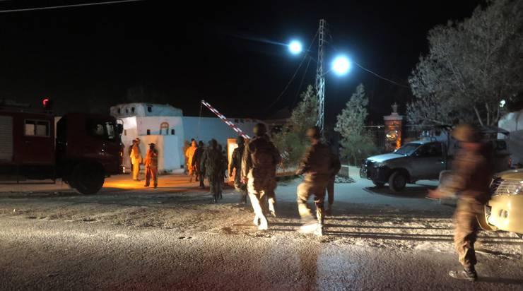 Mehr als 120 seien verletzt worden, sagte am Dienstagmorgen ein Polizeibeamter der westpakistanischen Stadt Quetta.
