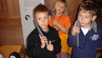 Unterstufenschüler aus Seengen testeten im                   Schloss Hallwyl das neue, spezielle Audioguide-Angebot für Kinder
