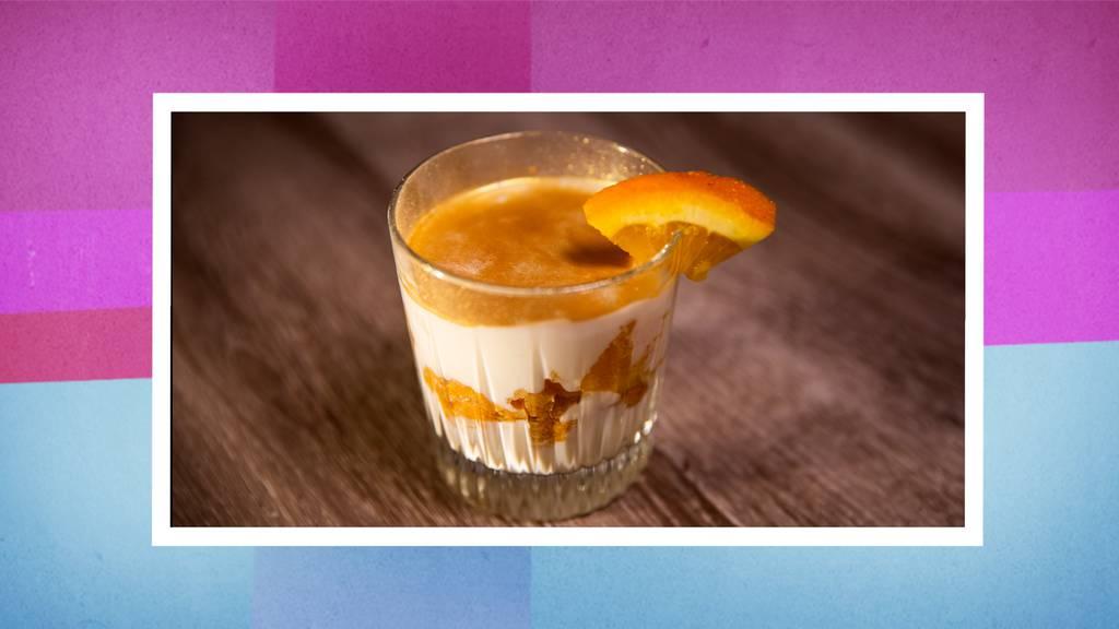 Orangen-Amaretto-Quark Dessert