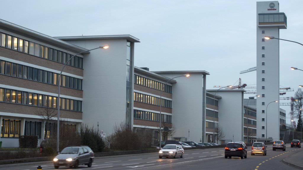 Am Hauptsitz und Produktionsstandort des Liftherstellers Schindler im luzernischen Ebikon kommt es zu weniger Entlassungen.