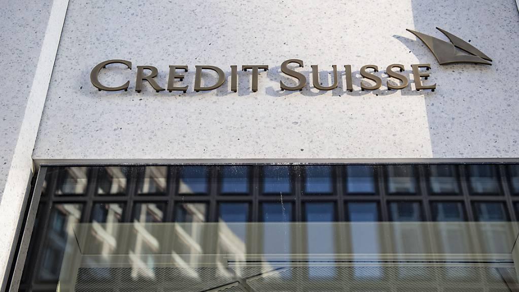 Die Credit Suisse ist wegen des US-Hypothekenstreits im 4. Quartal 2020 in die roten Zahlen gerutscht. Die Grossbank wird die Rückstellungen dafür um insgesamt 850 Millionen Dollar erhöhen. (Archivbild)