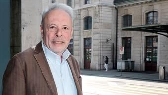 Gabriel Heim, Buchautor und Journalist, ist in Basel den erschütternden Schicksalen von Flüchtlingen auf der Spur.