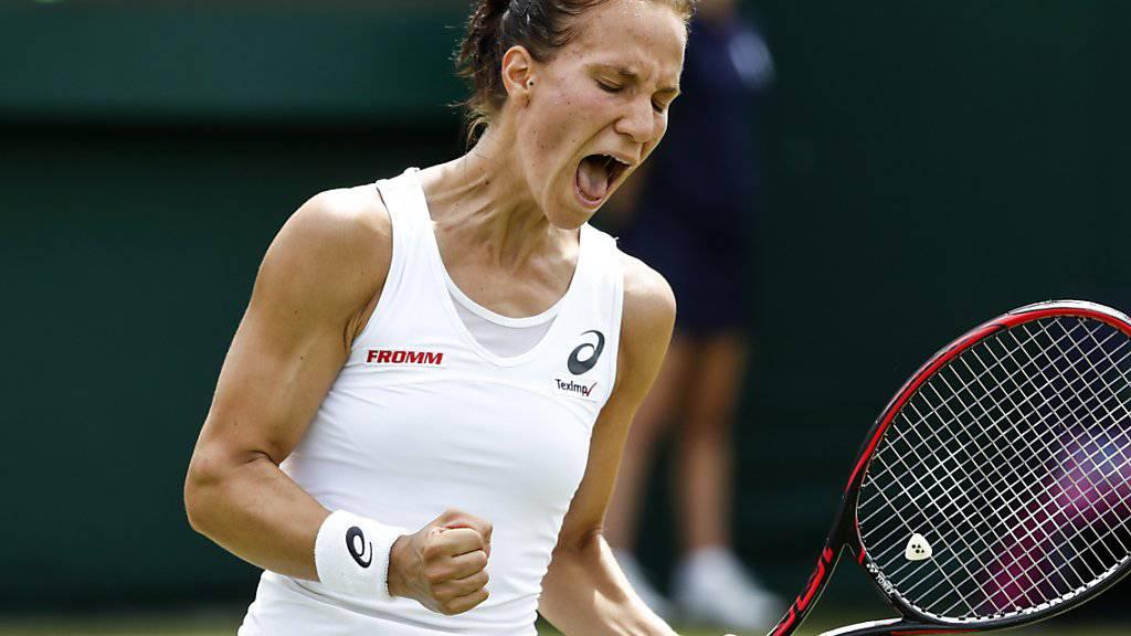 Viktorija Golubic freut sich nach über drei Stunden über den Einzug in die 2. Runde.