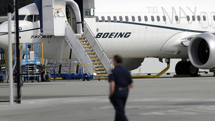 Aus informierten Kreisen hiess es am Samstag, dass der Boeing-Konzern einen Fehler in seiner 737 Max-Reihe behoben habe, der mutmasslich zu zwei Flugzeugabstürzen geführt hatte. (Archivbild)
