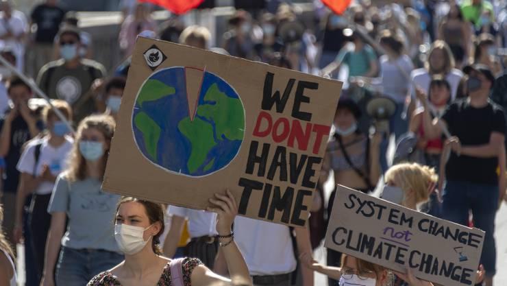 Die Klimabewegungen in der Schweiz stellen gemeinsame Forderungen auf und kündet «massenweisen zivilen Ungehorsam». (Symbolbild)