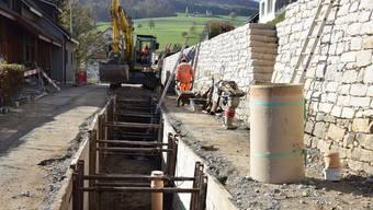 Derzeit werden die Hauptstrasse sowie die Werkleitungen saniert.