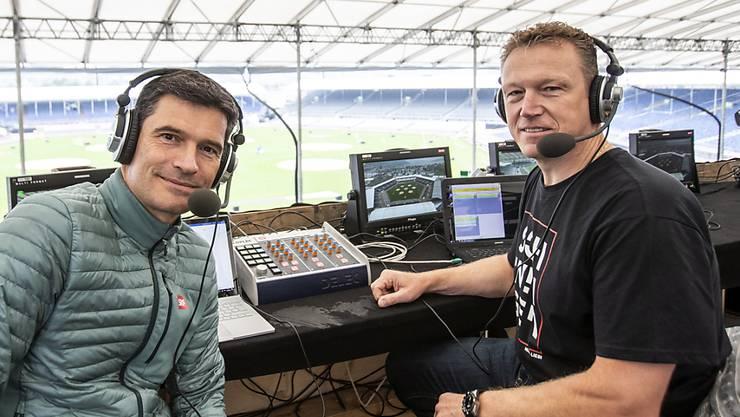 Der Kommentator und der Co-Kommentator: Stefan Hofmänner und Schwingerkönig Adrian Käser