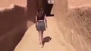 Die Polizei in Saudi-Arabien hat die Frau festgenommen, nachdem diese sich in einem Video in einem Minirock gezeigt hatte.