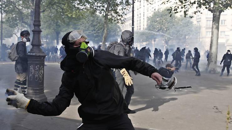 Gewalt hat Paris am 1. Mai zu einem gefährlichen Pflaster gemacht.