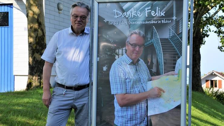 Mit diesem Plakat an allen Dorfeingängen hat Widen seinen Gemeindeschreiber überrascht und sehr gerührt.